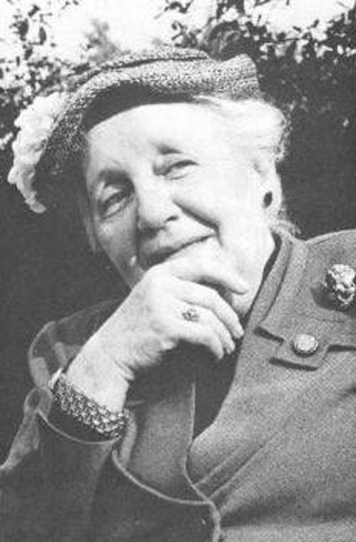 Melanie Klein  (Vienna, 30 marzo 1882 – Londra, 22 settembre 1960)  #psicoanalisi #relazione www.opsonline.it