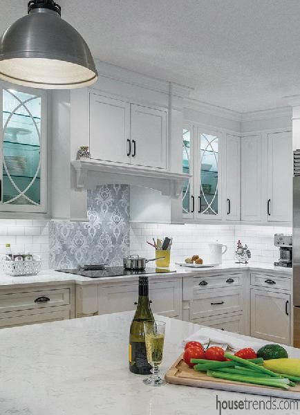 Mosaic Tile Accent Wall Under Hood Vent Google Search Kitchen Remodel Kitchen Inspirations Tile Accent Wall