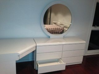 White Formica Full Size Bedroom Set 8 piece modular dressers ...