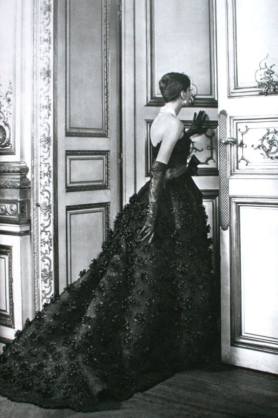 Jean Patou haute couture ball gown, 1957. #inlarariastudio #inspo