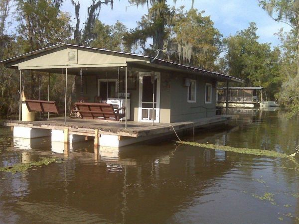 House Barges for Sale Louisiana | House Boat • HOUSE BOAT