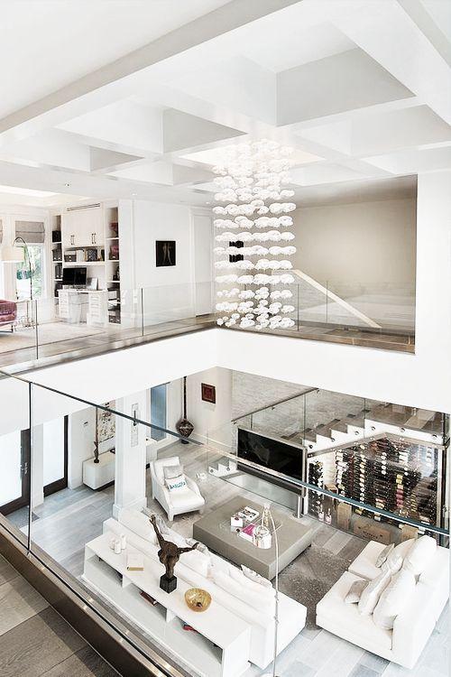 صاله المسبح مفتوحه من الاعلئ ومطله وممكن تكون هي الصاله الاساسيه في البيت Modern Apartment Decor House Design Interior Architecture Design