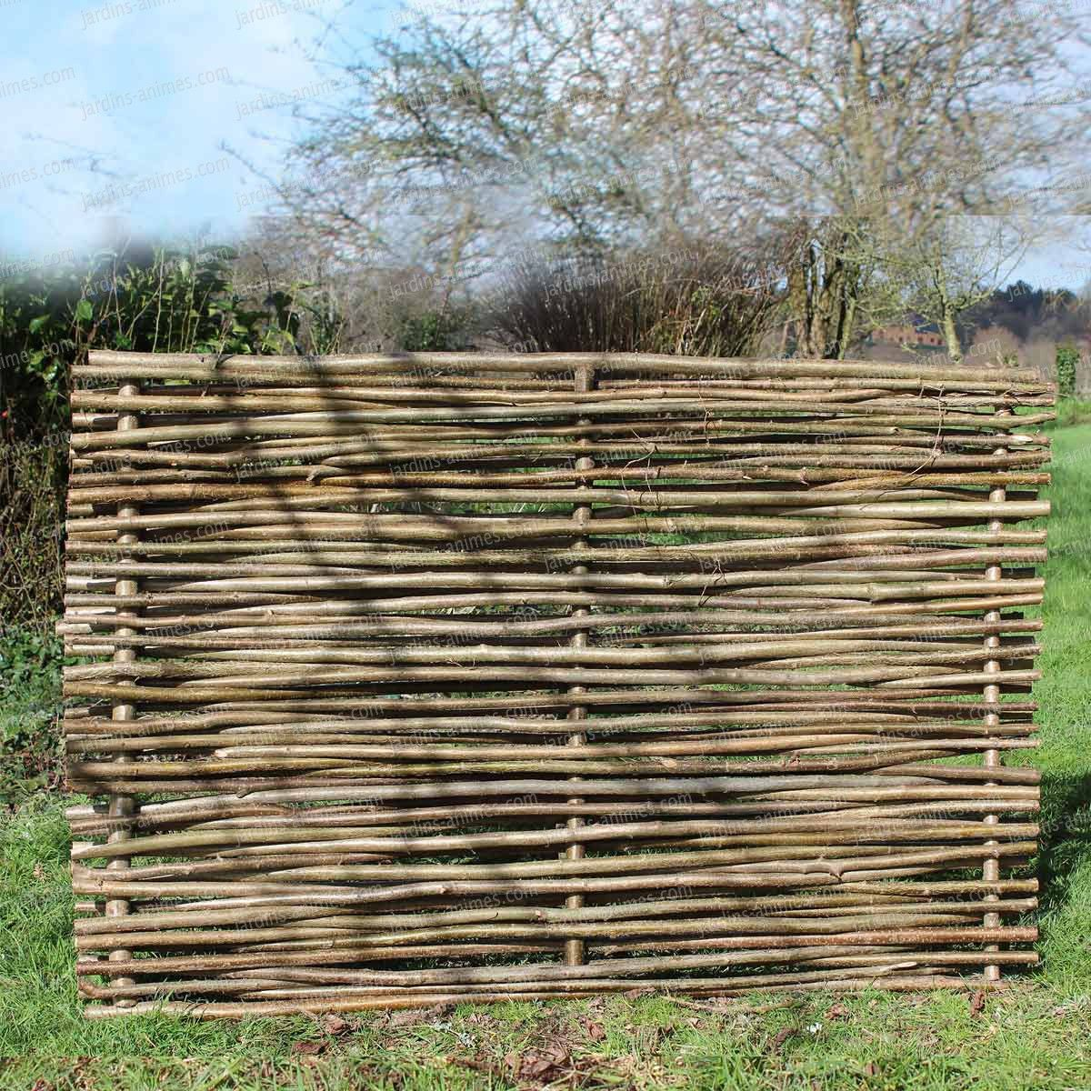 Barrière noisetier tressage horizontal | Fences, Gardens and Garden ...
