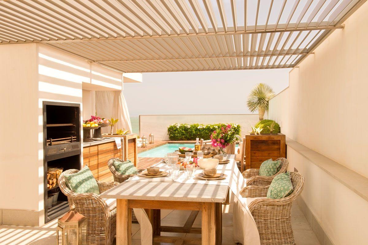 Un dúplex para veranos inolvidables | Cocina exterior ...