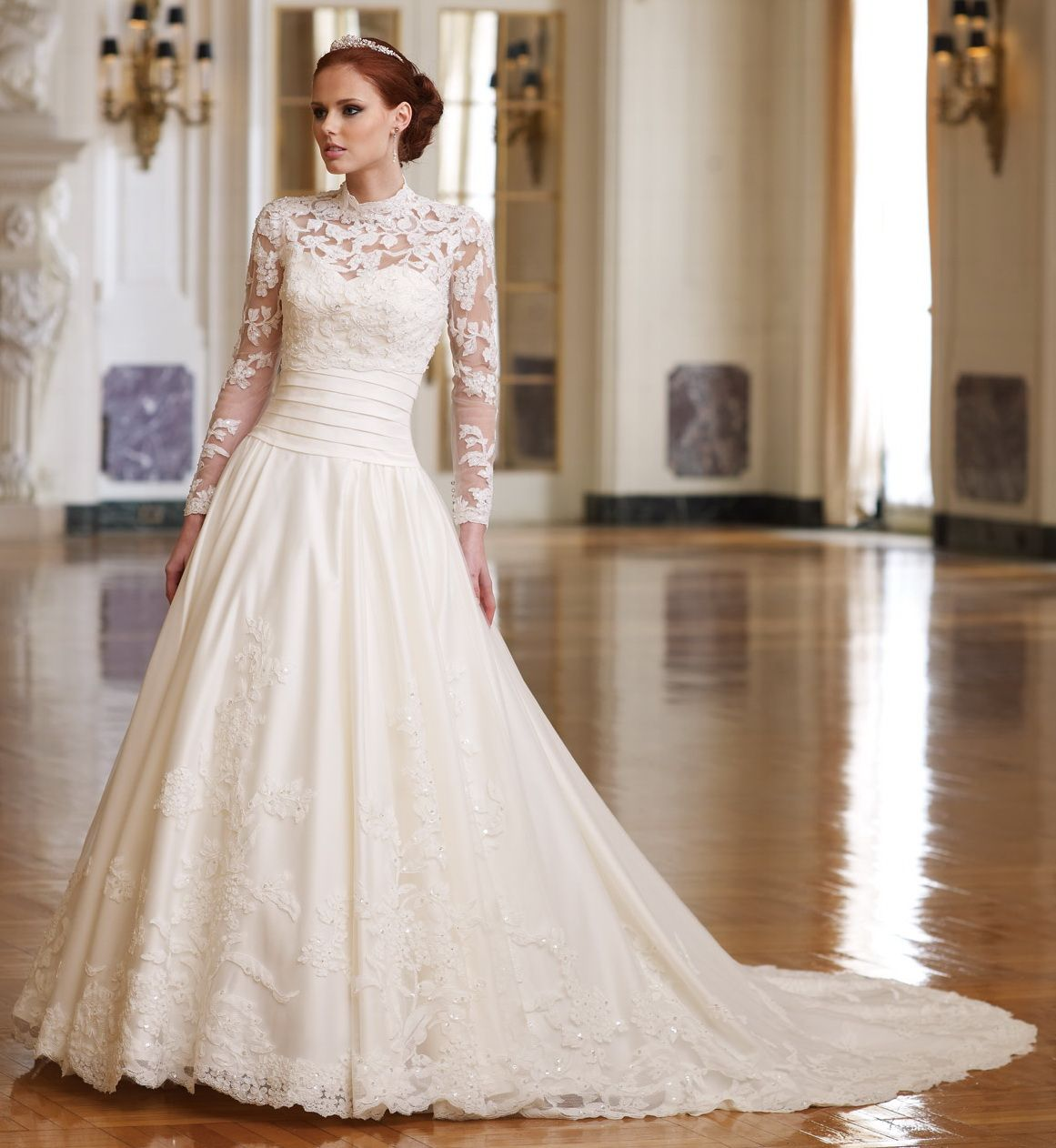 Spring Traditional Lace Wedding Dress