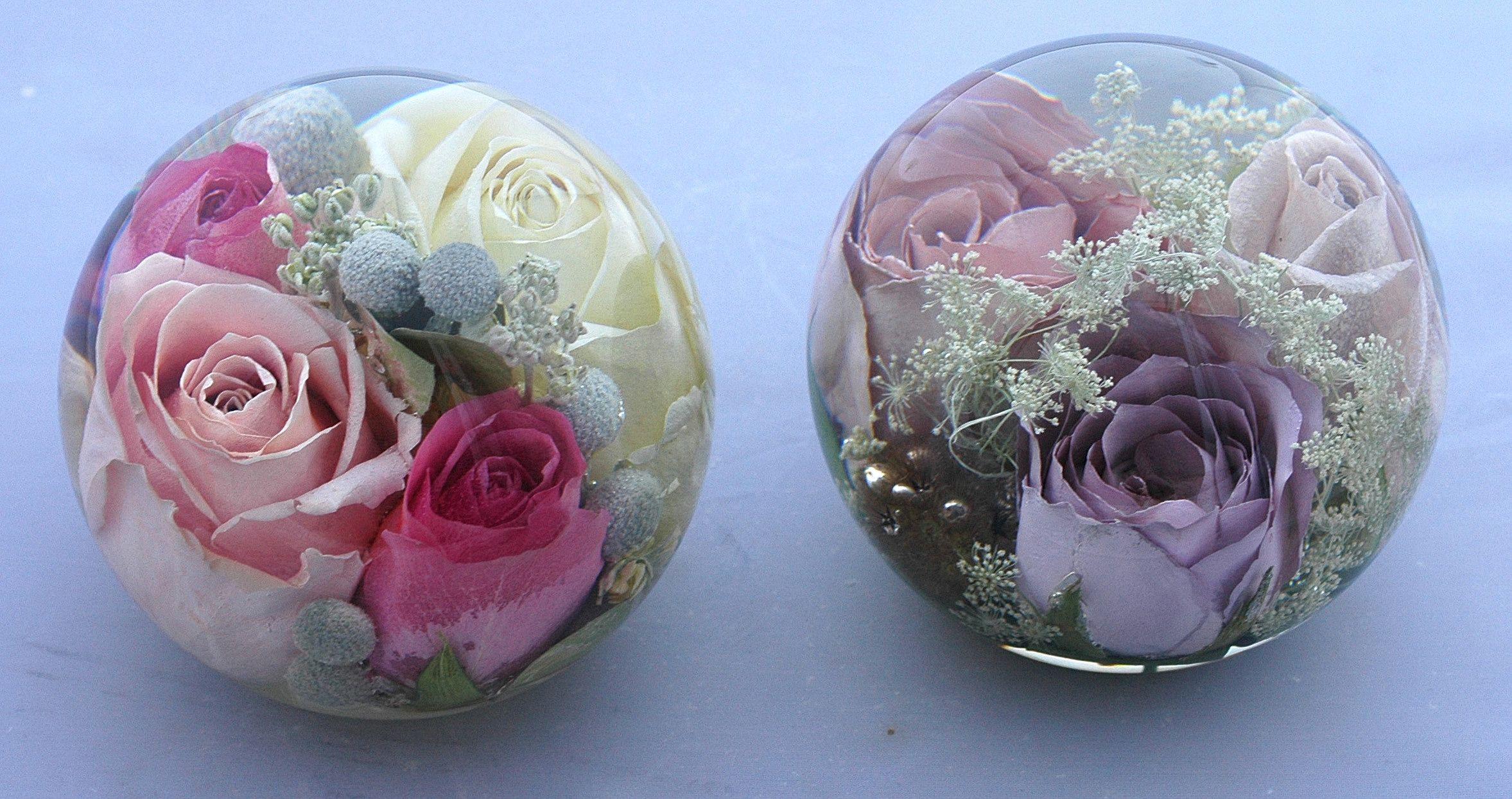 Luxurious range of wedding flower paperweights Flower