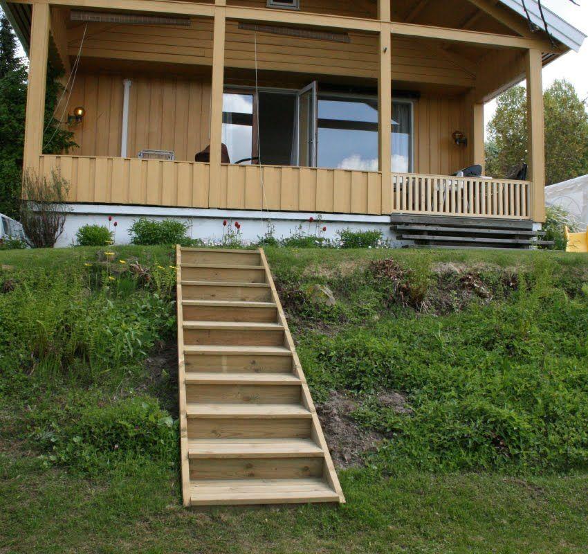 Relatert bilde Garden steps, Outdoor decor, Narrow deck