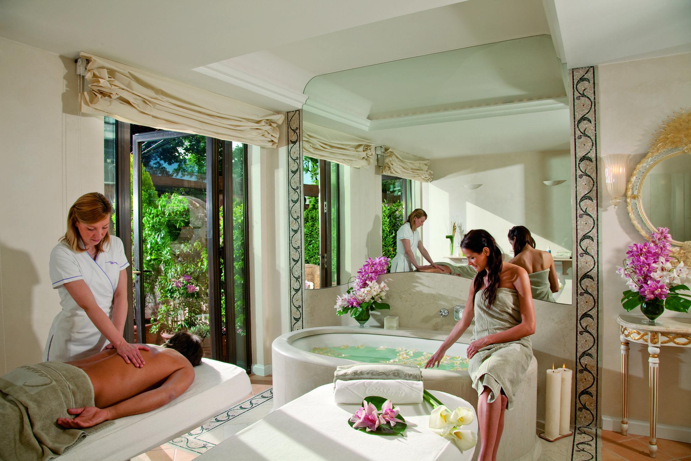 Couples Massage Room, Hotel Cipriani & Palazzo Vendramin