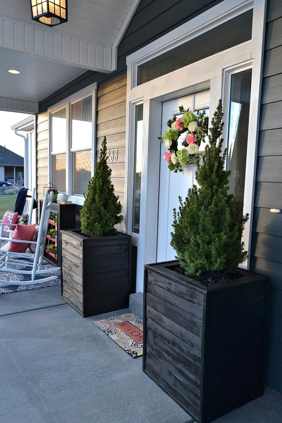 Diy Massive Planter Boxes Made From Pallets Diy Planters 640 x 480