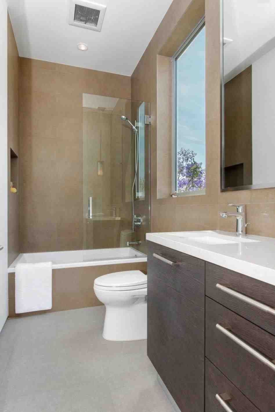 This Luxury Bathroom Designs 2016  Design Bath And Small Modern Pleasing Small Luxury Bathroom Decorating Design