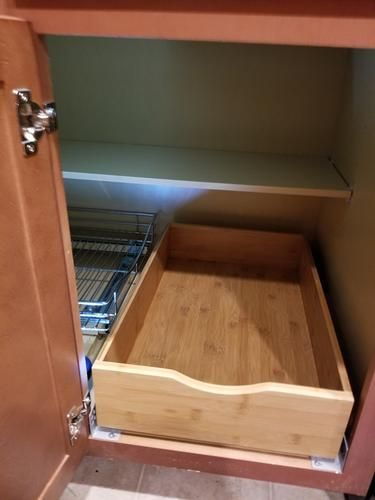 L Shaped Cabinet   Use Two Container Store Roll Out Drawers Mounted  Perpendicular To Each Other. One Drawer Is Mounted To Roll Out Of The  Cabinet.