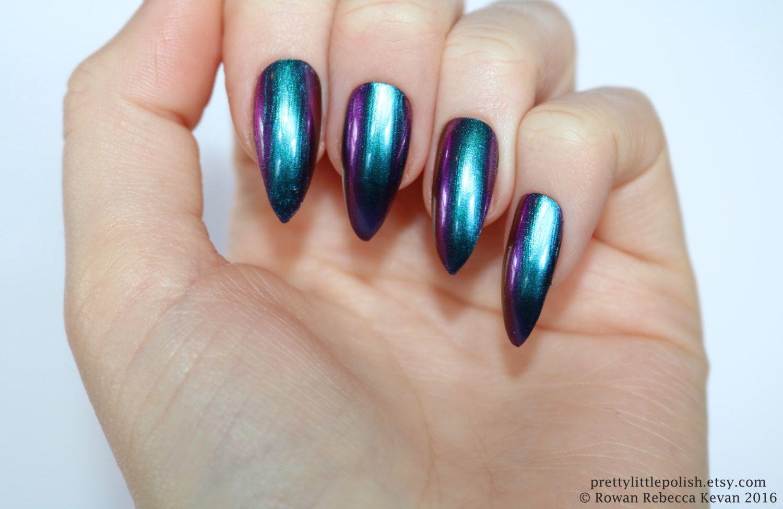 Chrome nails, Chrome stiletto nails, Fake nail, Stiletto nail, Kylie ...