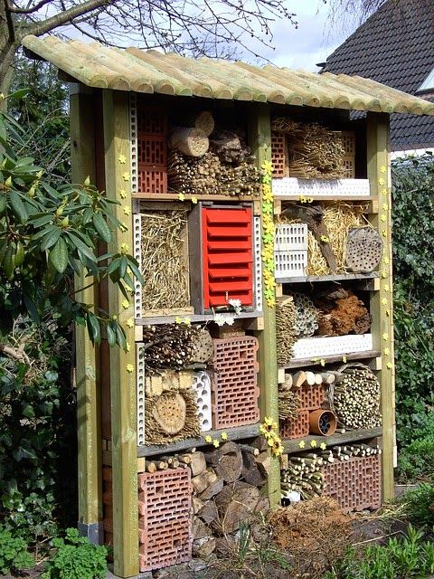 Landhaus Blog Insektenhotel Fur Den Garten Selber Bauen Video