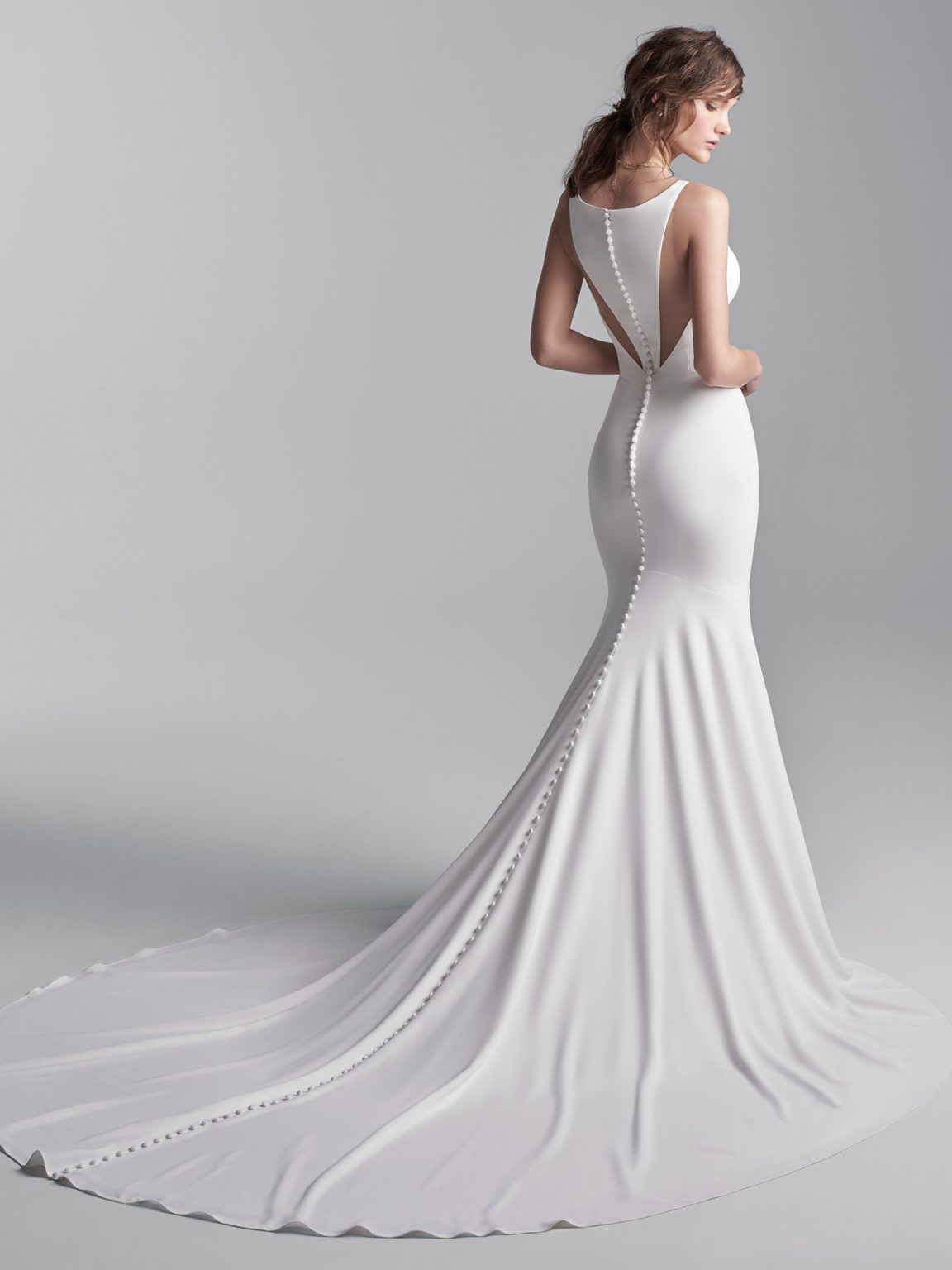 Simple Halter Back Mermaid Wedding Dress Kleinfeld Bridal In 2021 Plain Wedding Dress Wedding Dresses Kleinfeld Modern Wedding Dress [ 1536 x 1152 Pixel ]