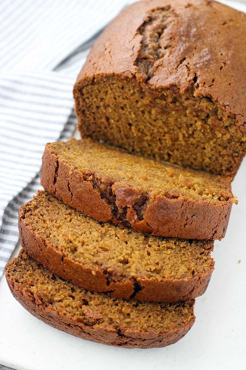 Chai Spiced Pumpkin Bread this easy pumpkin bread recipe