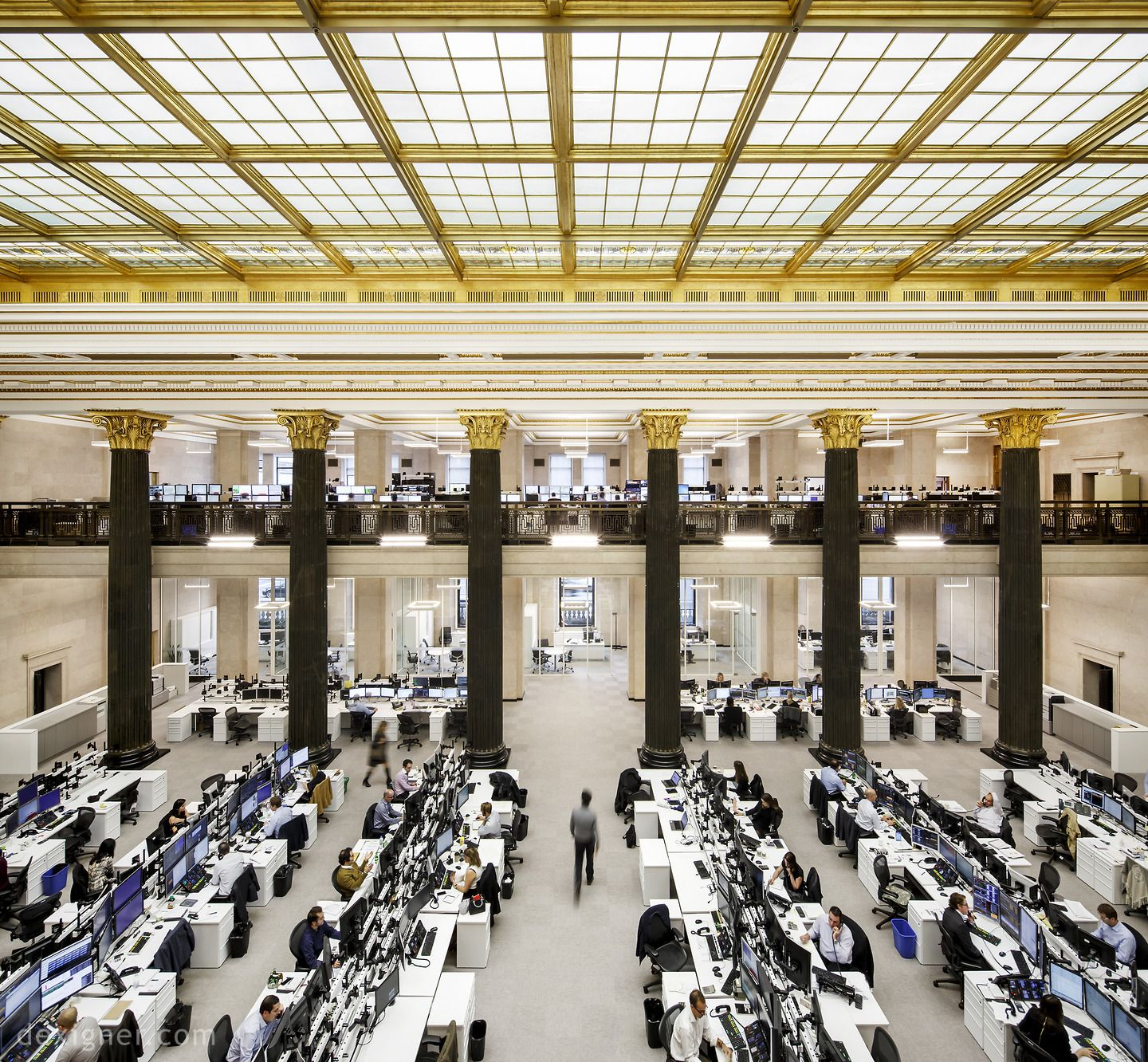New Montreal Trading Floor Of National Bank Of Canada Commercial Architecture Architecture Interior Architecture Design