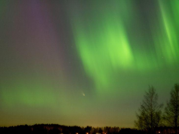 Comet Panstarrs + Aurora