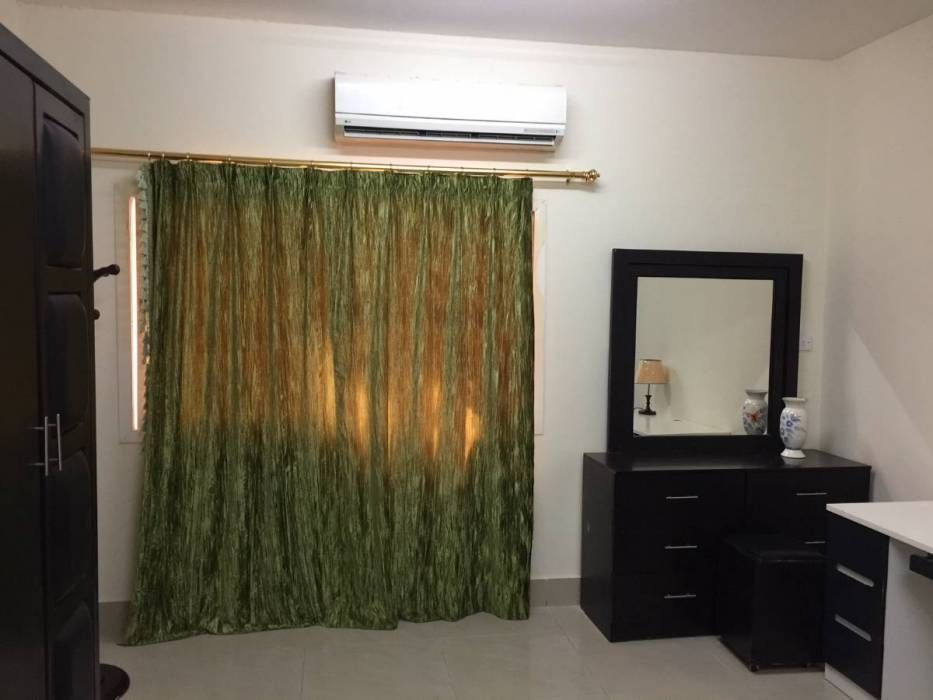 Fully Furnished Bedroom With Sharing Bathroom For One Bachelor Najma In Apartments On Qatar Arabscla Bachelor Bedroom Master Bedrooms Decor Small Bedroom Decor