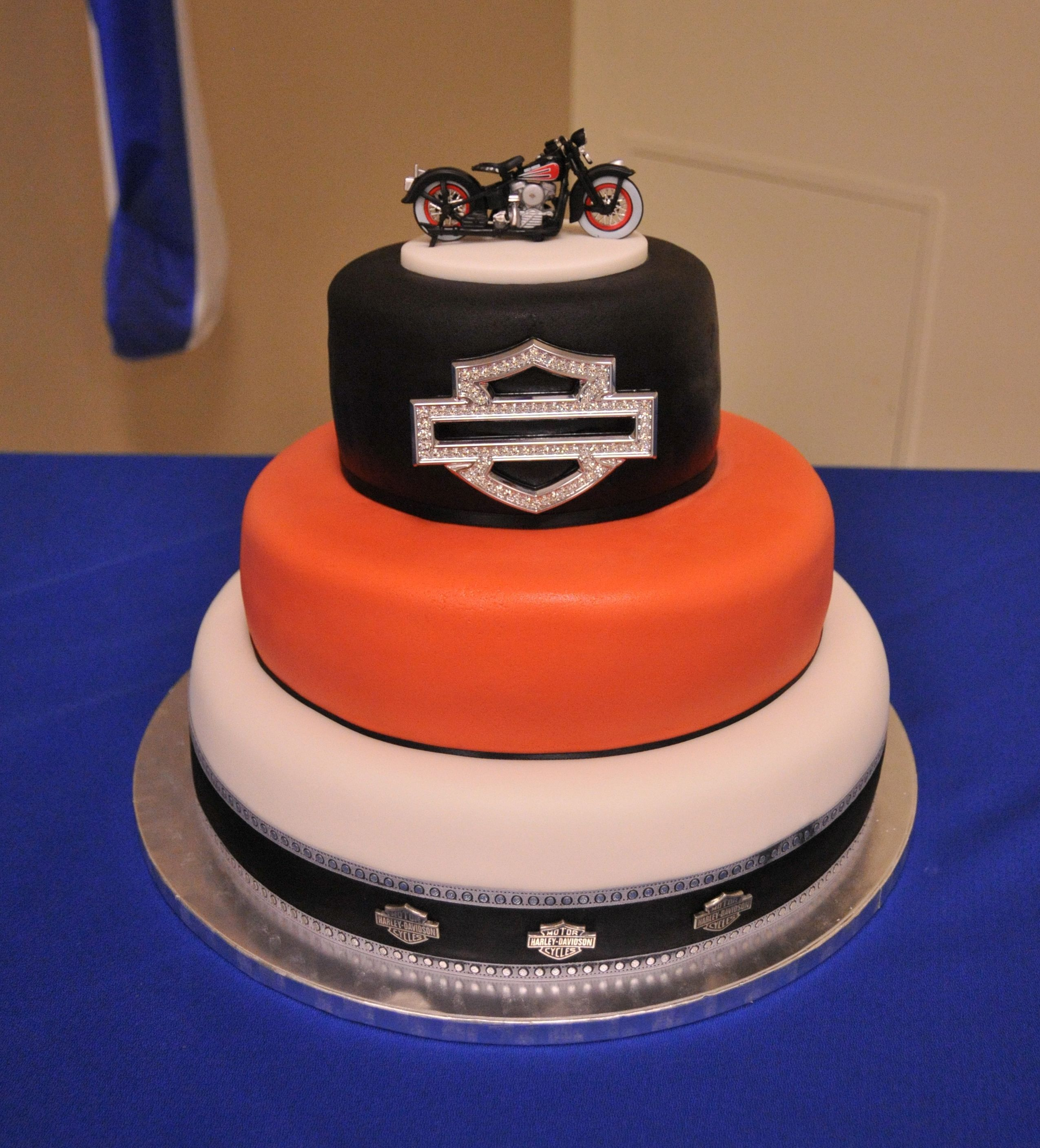 harley davidson wedding cake ideas harley davidson wedding cakes images wedding cake 15073