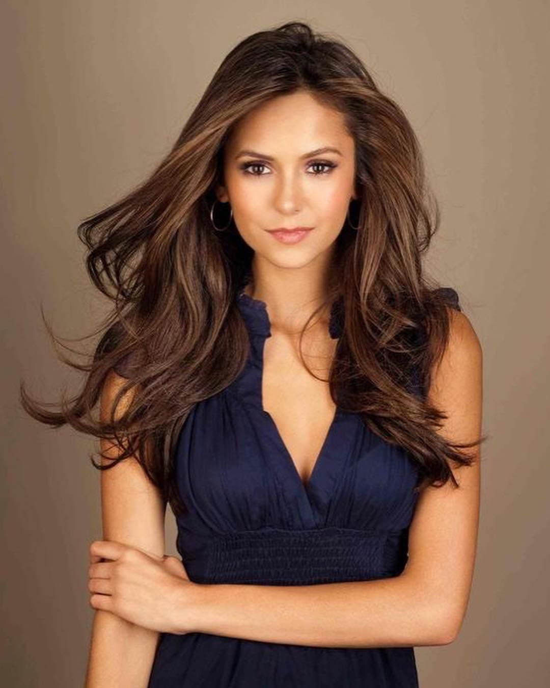 Nina Dobrev On Instagram Follow Ninadobrevnd Follow For More Thevampirediaries Nina Dobrev Hair Color Nina Dobrev Hair Nina Dobrev Style