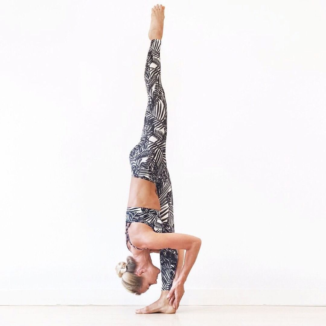 Standing Split 1 Begin Standing In Tadasana Mountain Pose With Your Arms At Your Sides 2 Inhale As You Reach Your Arms Overhead Exhale And Hinge A