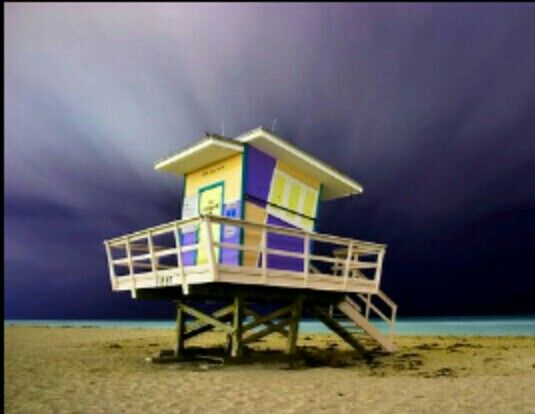 10 Cool Lifeguard Towers Could Be Converted Beach Homes