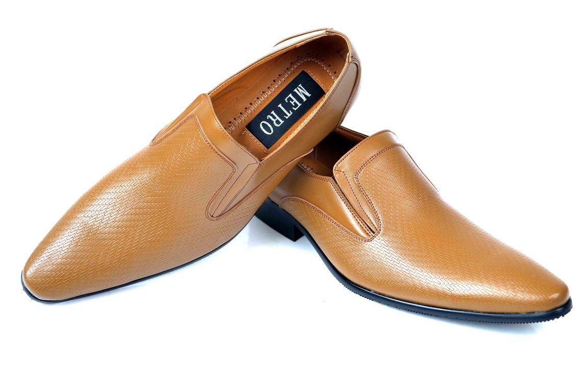3da72133eb0 Buy Brown Men Shoes by Metro PakRobe.com