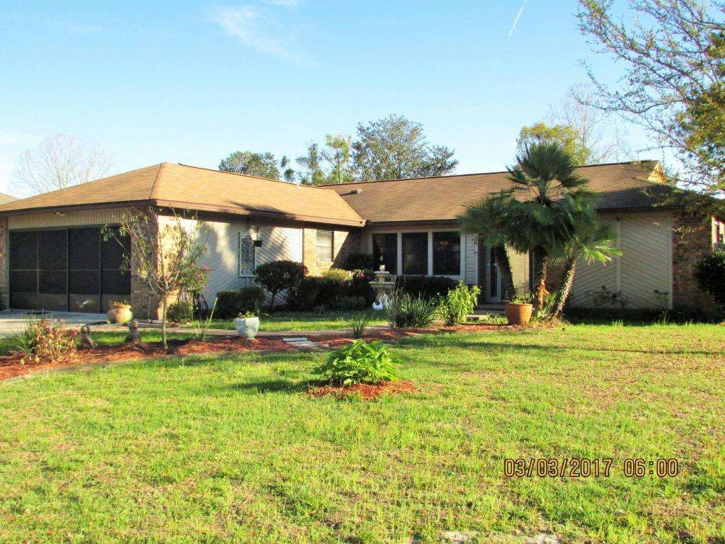 Motivated Seller 15k Down Payment Assistance Avail Full Brick In Ground Pool 3br 2ba 1709 Sqft Recessed Lights In Kitchen Renting A House Florida Room