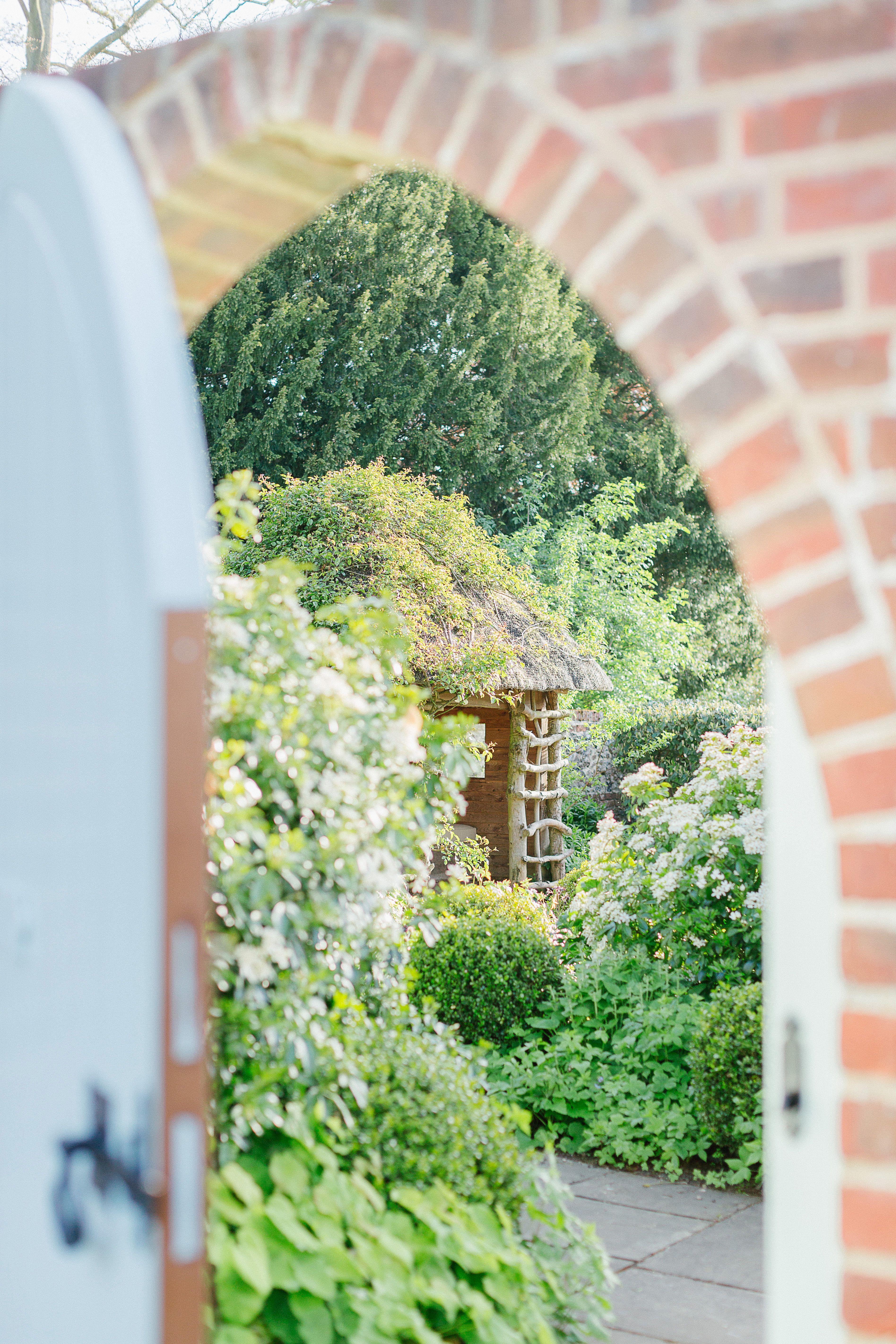 English wedding decoration ideas  Ideas and Inspiration for an Elegant English Country Garden Wedding