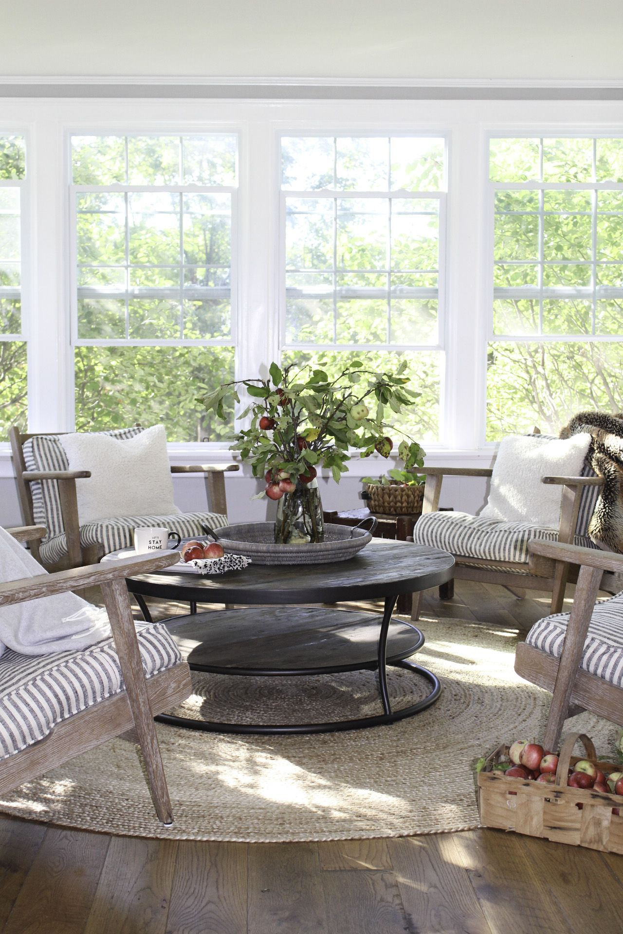 Farmhouse Sunroom Makeover Before & After Beautiful home