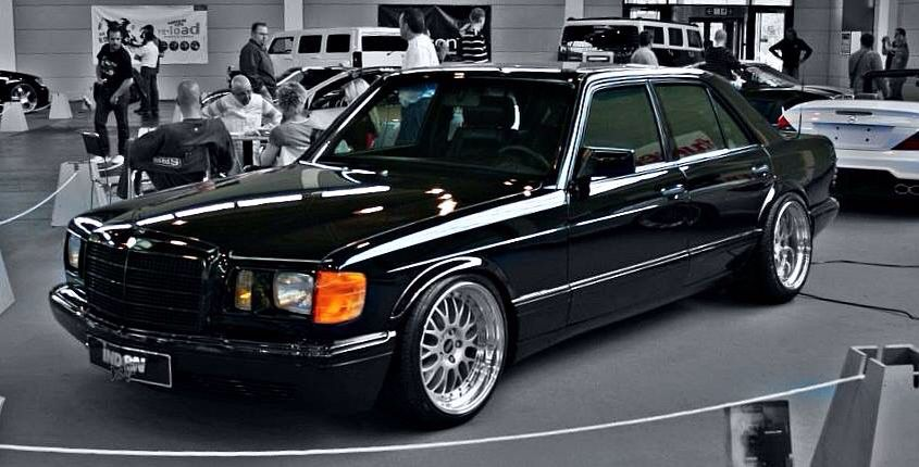 S Class W126 With Images Mercedes Benz Cars Mercedes W126