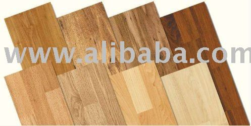 The life-like patterns of wooden laminates are scarcely distinguishable from natural wood, tiles or stone.