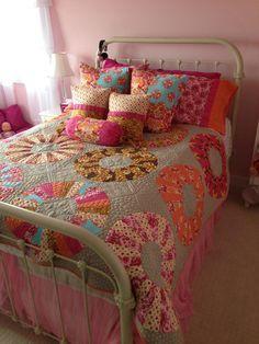 Tula Pink Cartwheels Quilt Kit