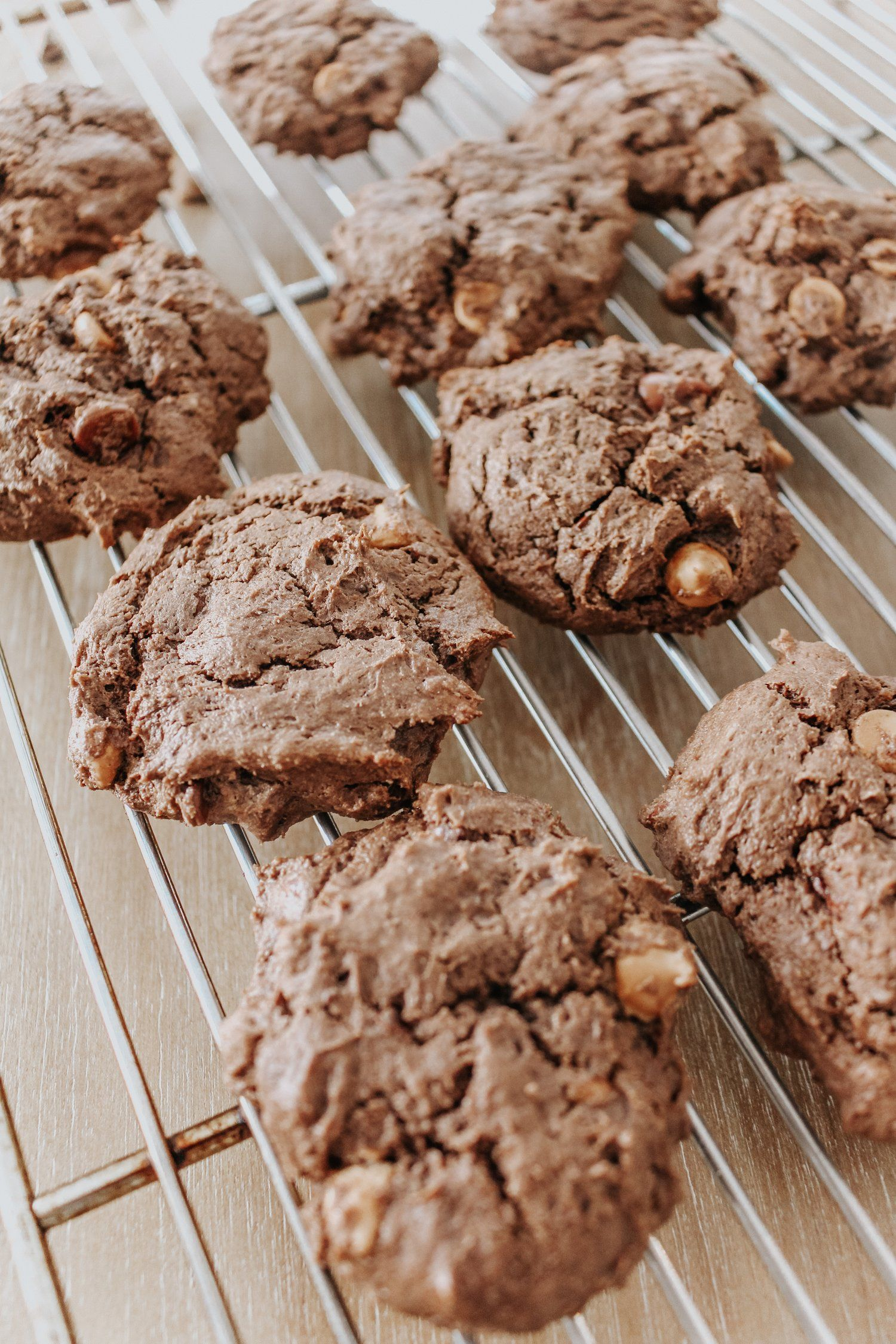 Chocolate and peanut butter cake mix cookies chocolate