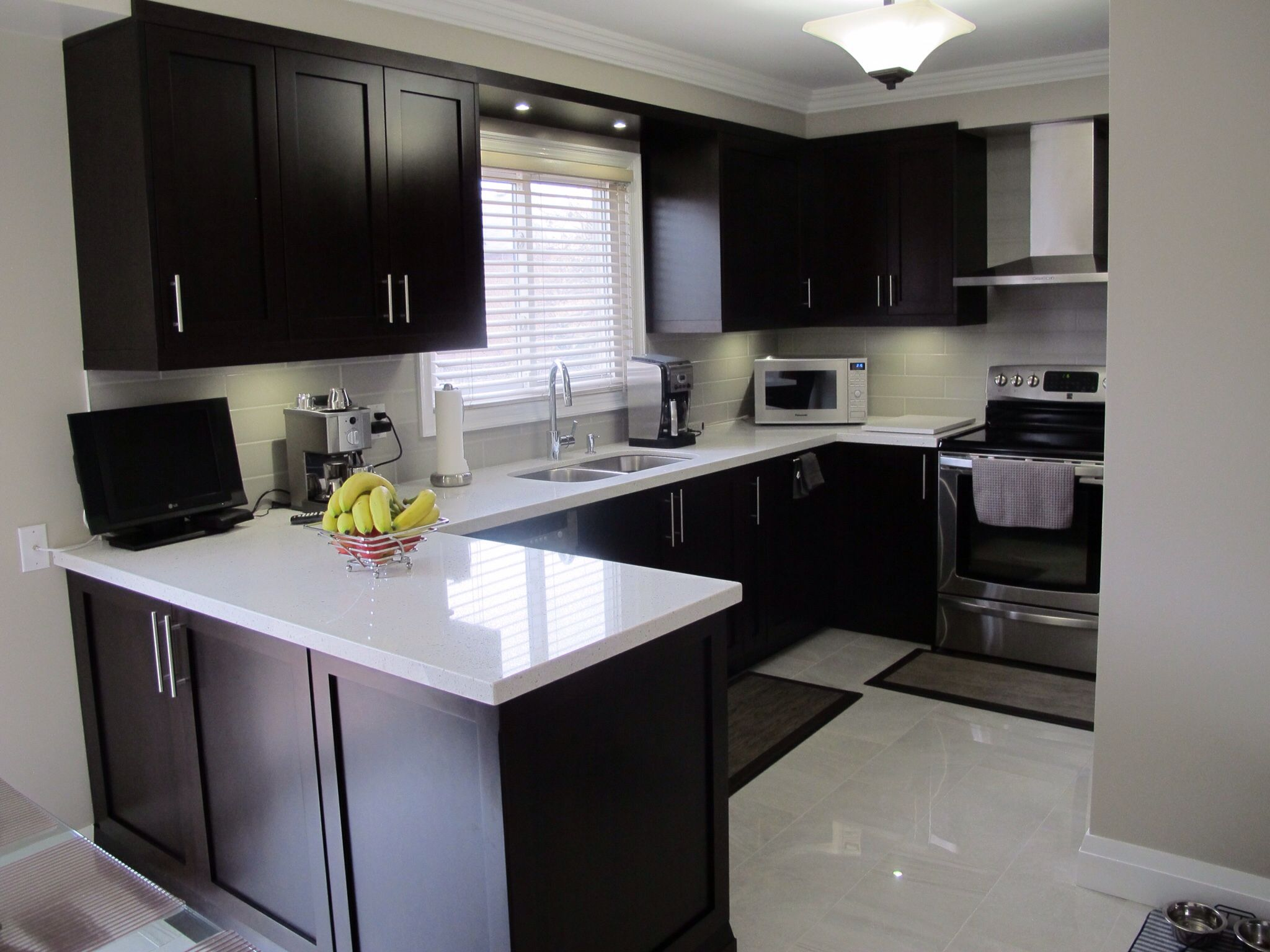 Dark Wood Cabinets With White Quartz Countertops Kitchen Remodel Small Kitchen Furniture Design Kitchen Design Small