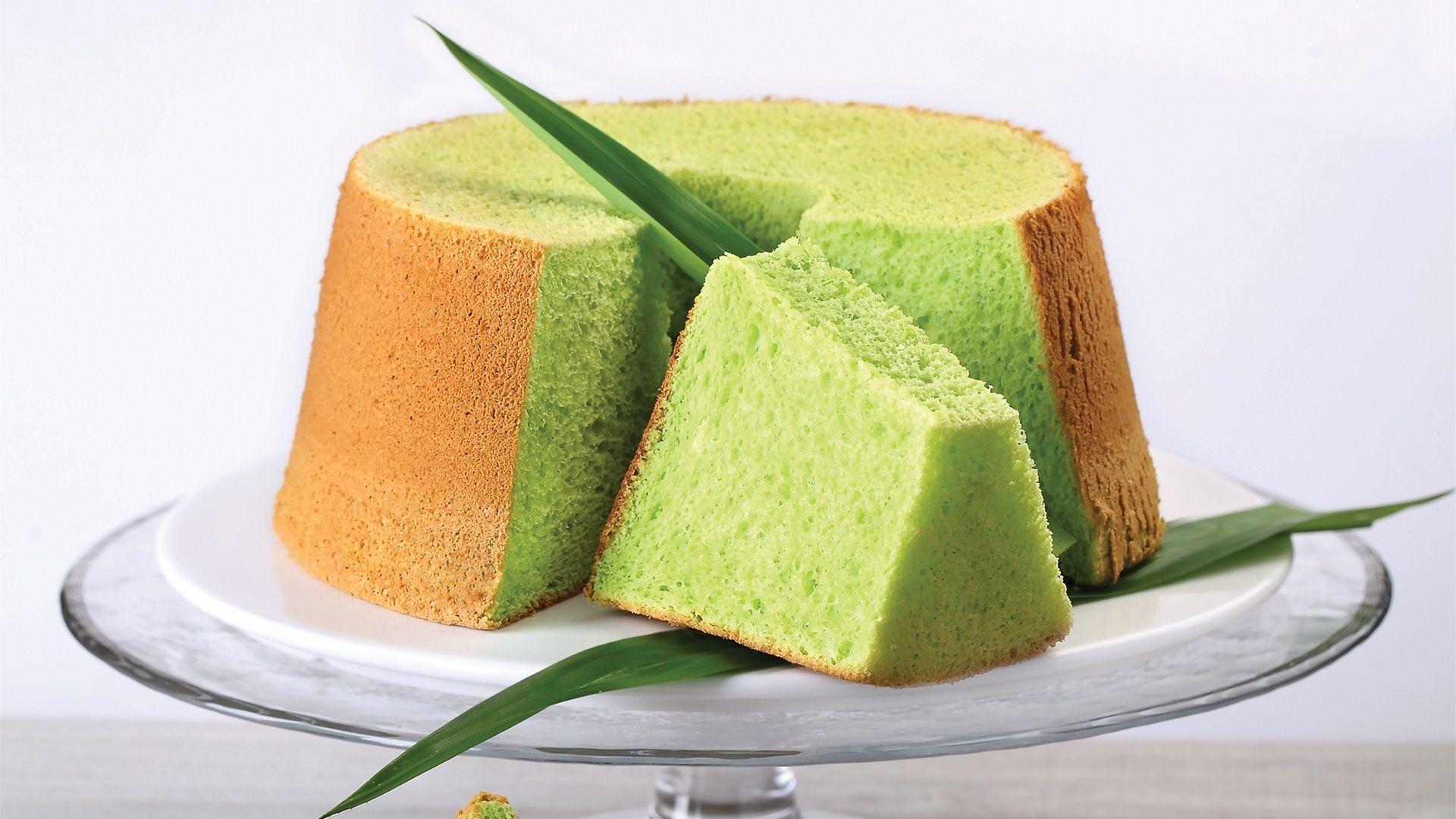 Pandan Chiffon Cake Recipe Hungryforever Recipe Pandan Chiffon Cake Cake Recipes Asian Desserts