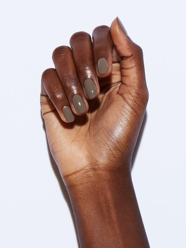 What fingernail polish color should you be rocking? We