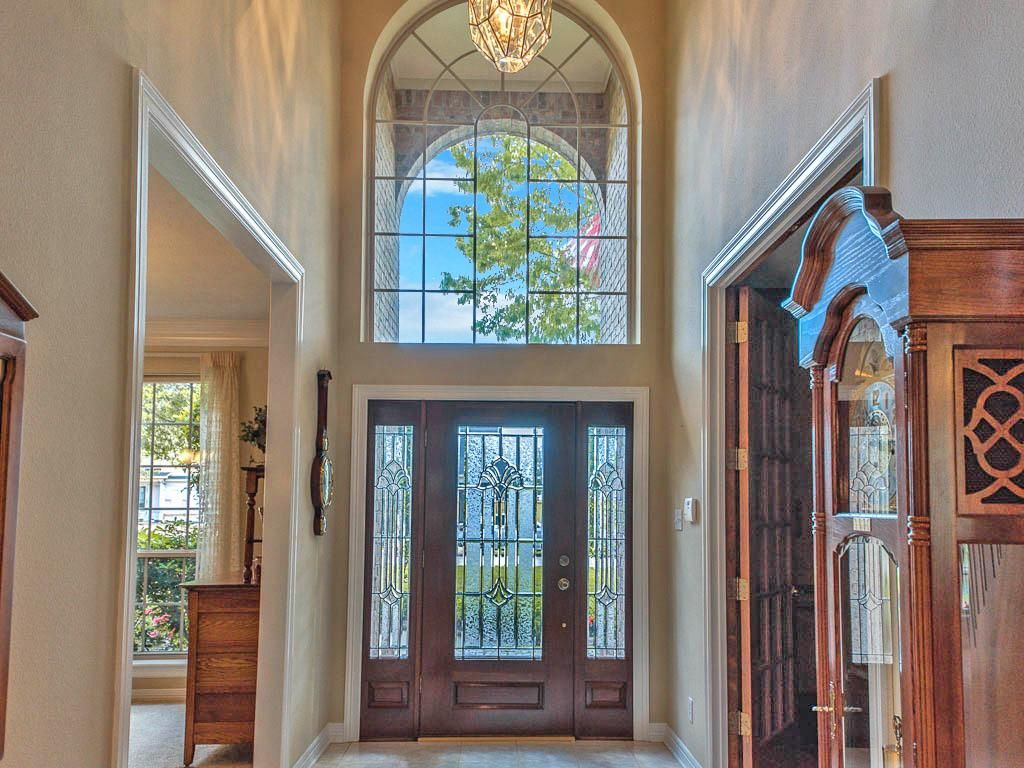 Grand Gl Entry Way With Beautiful