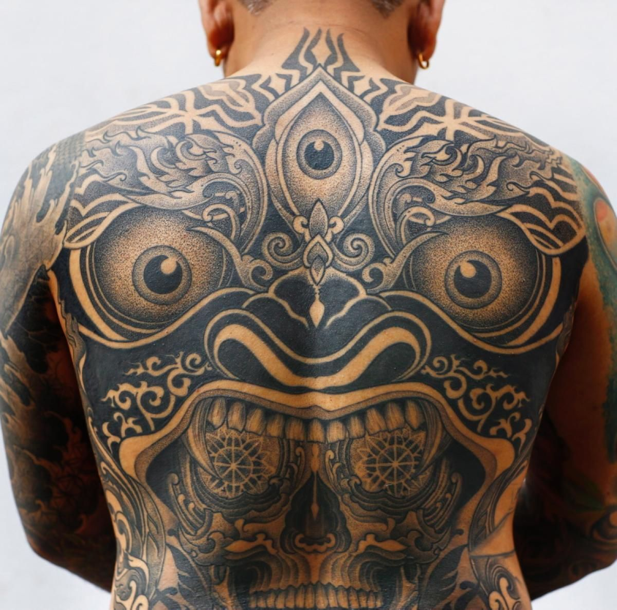 Tattoo Convention In Nepal Tattoos Nepal Tattoo Full Back Tattoos