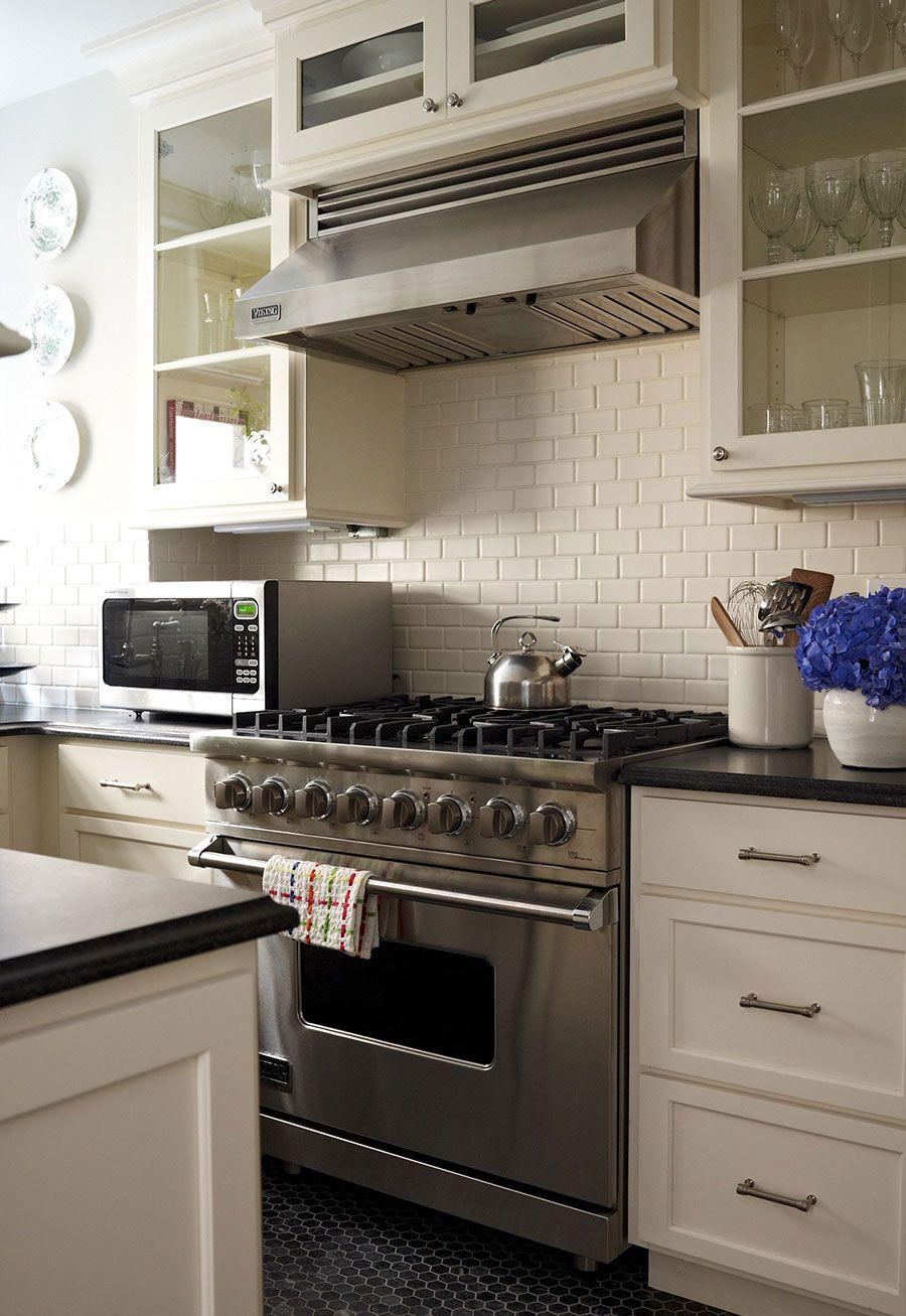 Carnegie Hill Apartment Mcgrath Ii Shaker Style Kitchen Cabinets Kitchen Cabinet Styles Kitchen Renovation