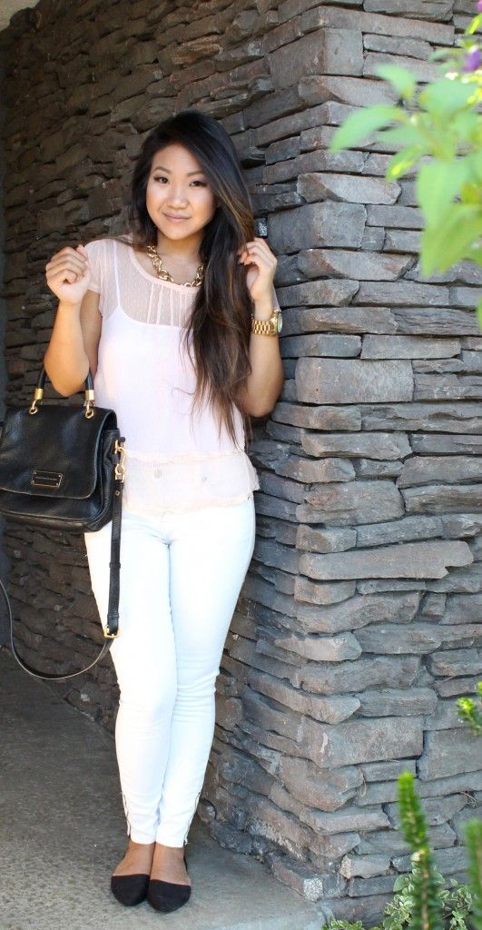 Comfy & Casual for Monday! White ankle zip jeans, pink sheer blouse, shoulder bag and black pointed toe flats! Direct links on the blog: www.tiaalesewong.com