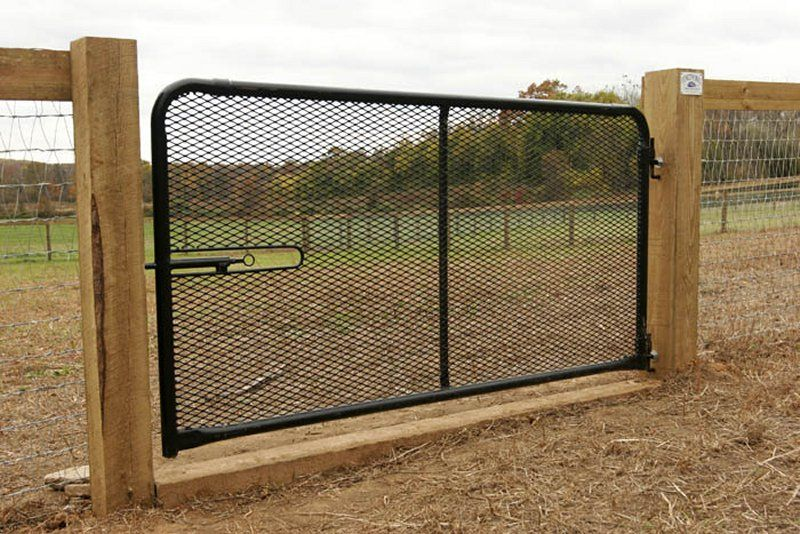 farm fence gate. Farm Fence 26 - Sight Board With AnExpanded Mesh Gate And Sill