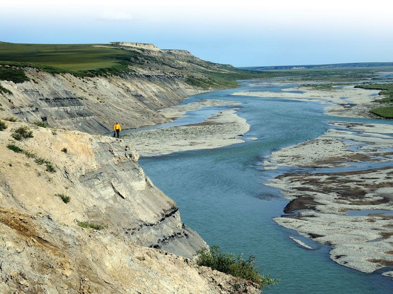 Shale Adventure On Alaska S North Slope Coal Bearing Upper Cretaceous Strata Along Sagavanirktok River South Of Prudhoe Ba Outdoor North Slope Prudhoe Bay