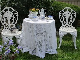 Karen's Cottage and Castle: Dainty Blue for Tea