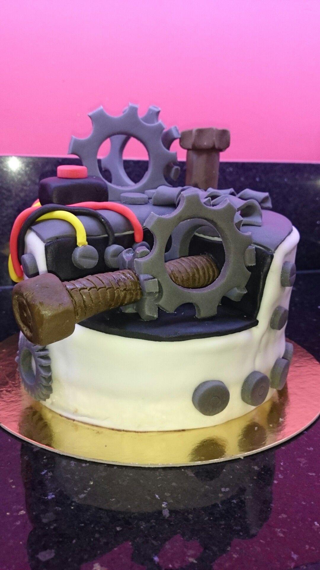Engineering 70th birthday cake for my fatherinlaw npady S