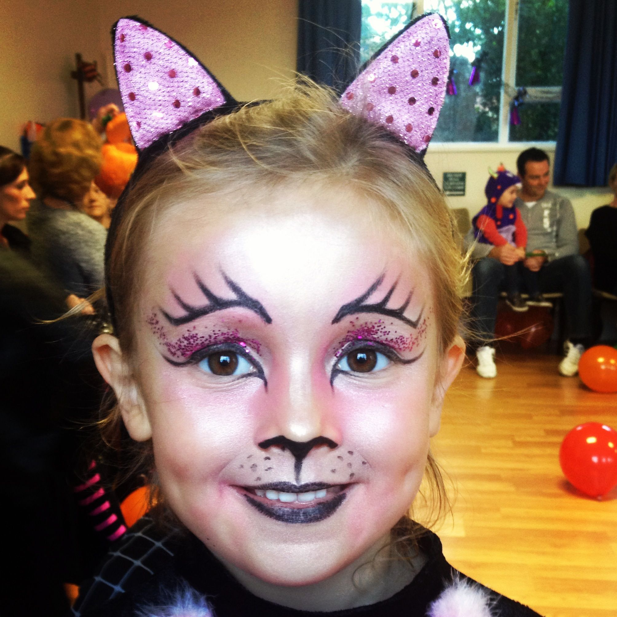 Girl S Cat Makeup Without Face Paint Paint Face Idea In Kitty Face Paint Cat Makeup For Kids Halloween Makeup For Kids