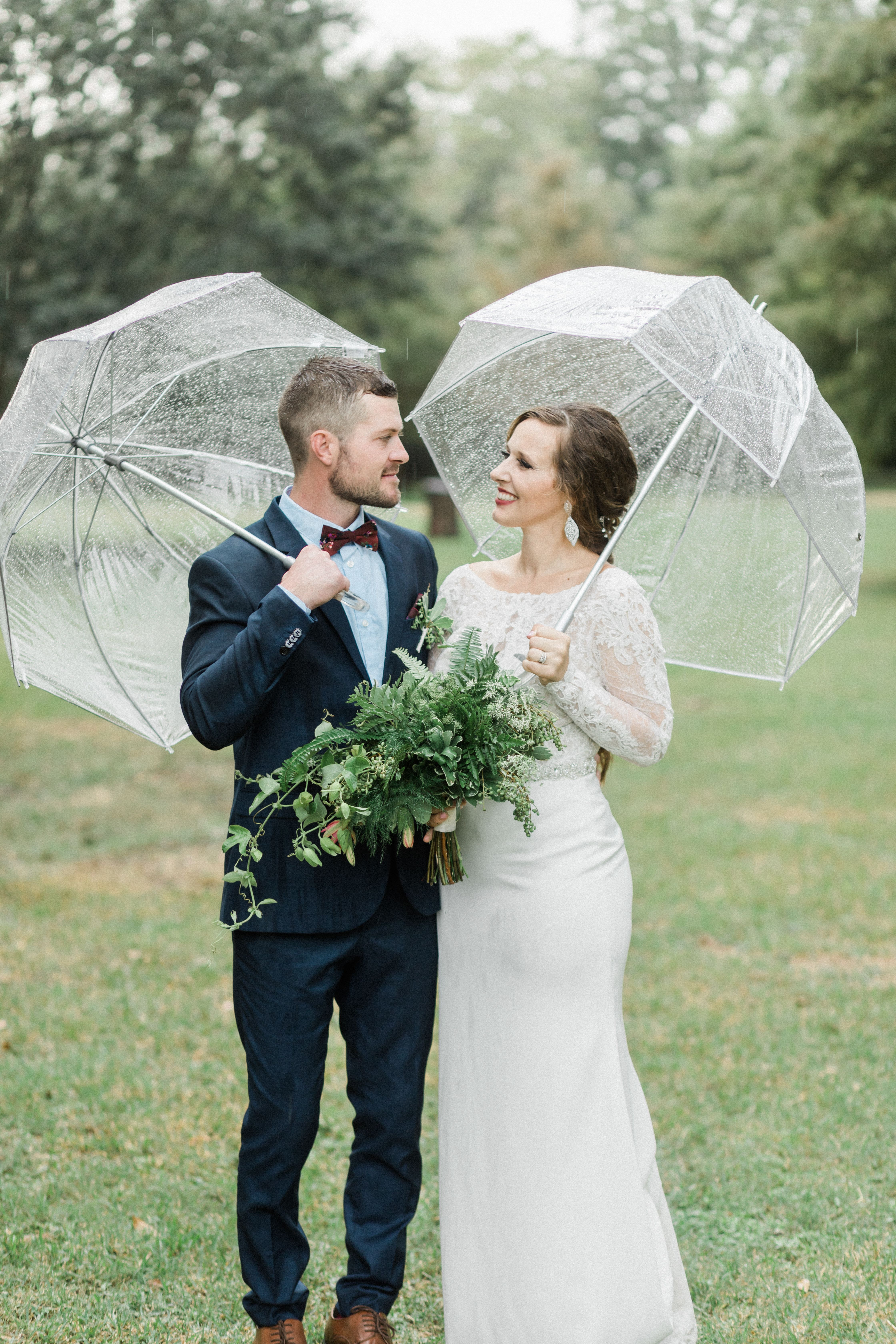 Rainy Day Wedding Inspiration In 2020 Rainy Wedding Photos Rain Wedding Photos Rain Wedding