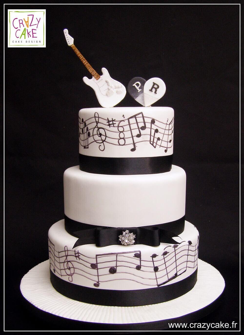 "Wedding Cake ""Musique"""