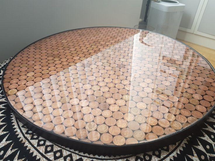 Epoxy resin pennies table. Epoxy resin diy, Resin diy