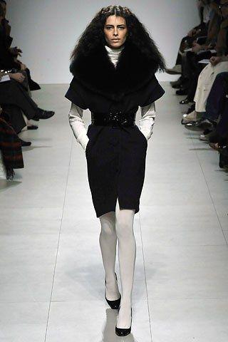 Martin Grant Fall 2008 Ready-to-Wear Fashion Show - Claudia (KARIN)